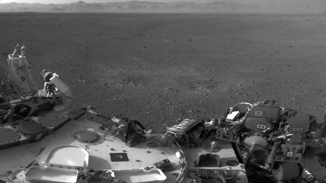 Marks left by the landing. Photo: NASA/JPL-Caltech.