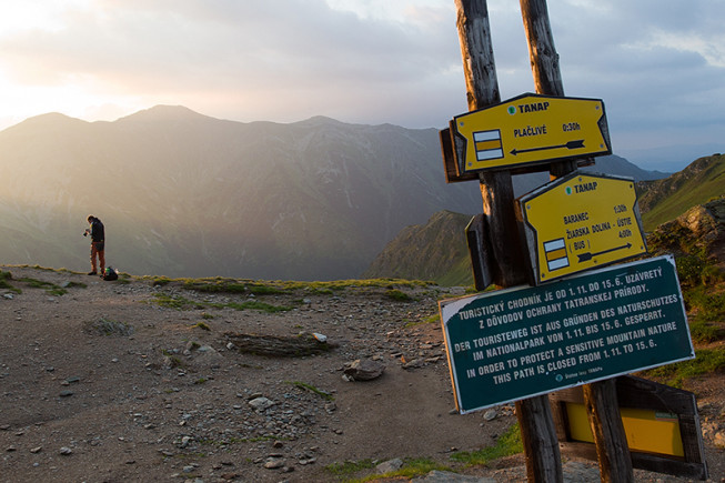 …but carrying a heavy DSLR over the mountains is not all that pleasant. (Photo: Majo Eliáš)
